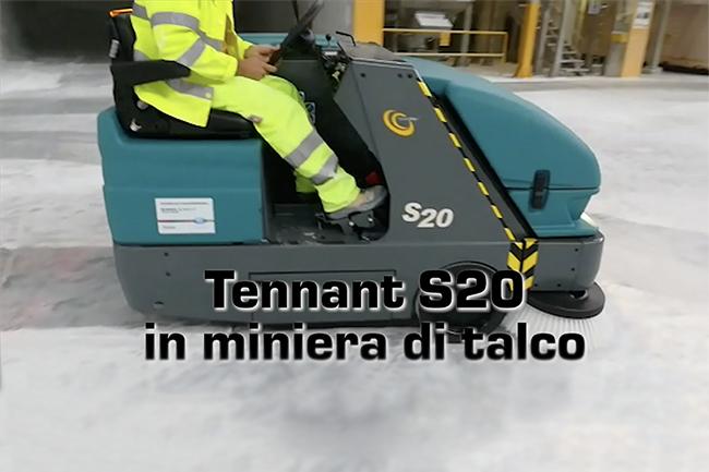 Spazzatrice Tennant S20 in miniera di talco
