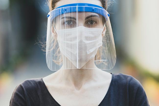 mascherina e visiera